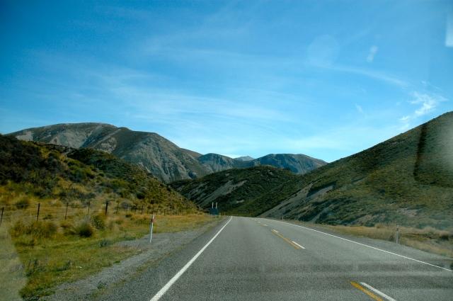 A Estrada Encantada que liga a Costa Oeste à Costa Lesta da Nova Zelândia