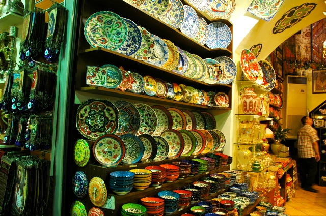 Porcelanas orientais no Grand Bazar