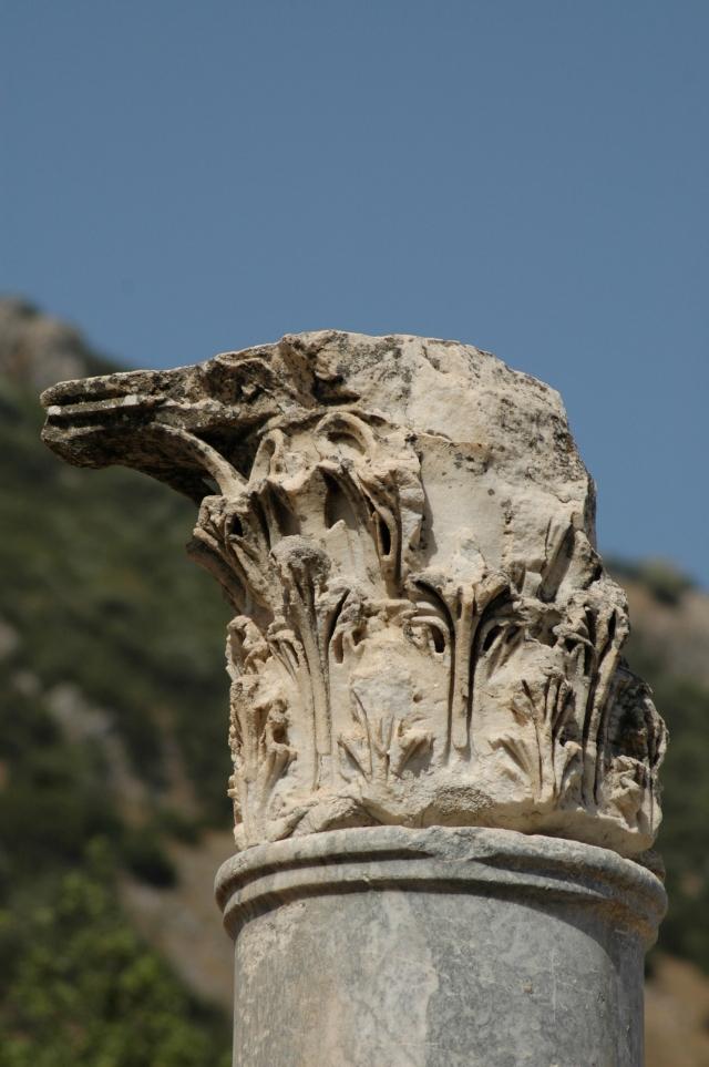 Detalhe de coluna nas Ruínas de Éfeso