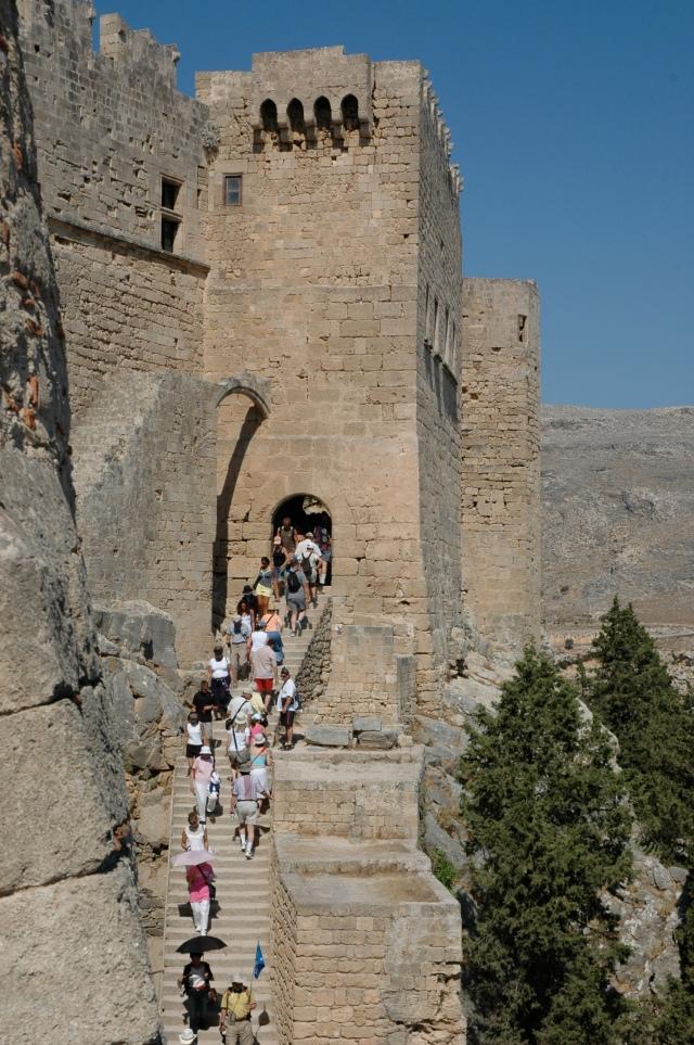 O difícil caminho para a Acrópole
