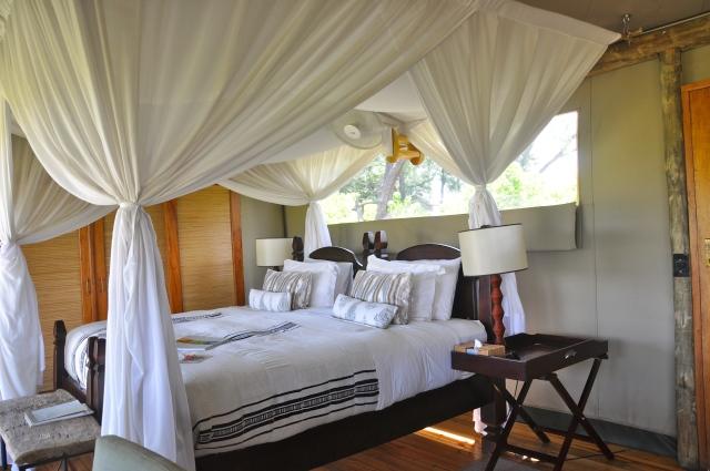 A tenda do Acampamento Little Vumbura