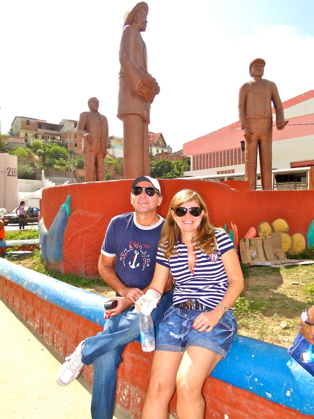 Monumento em homenagem aos imigrantes de Jaguaquara.