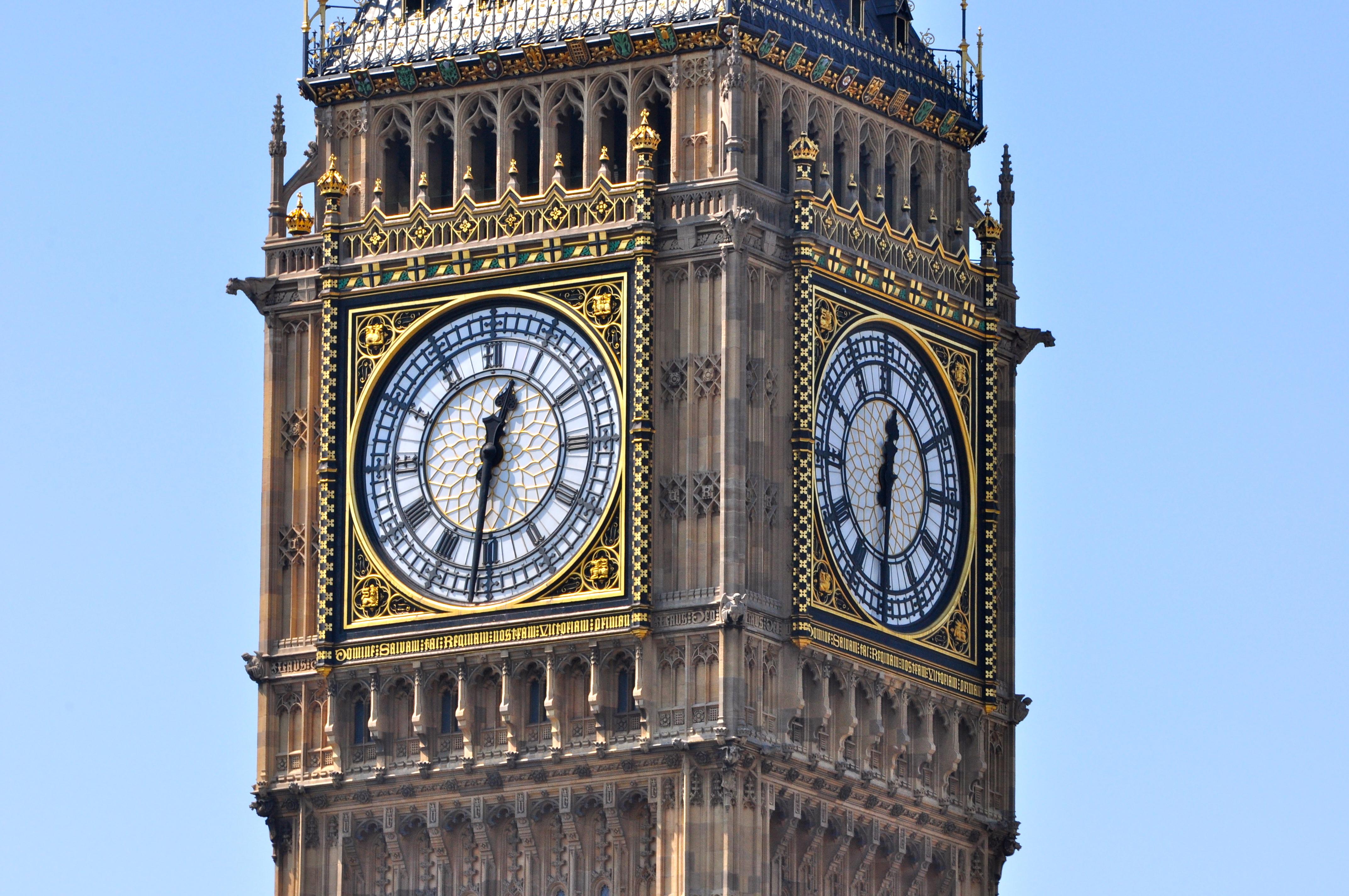 Resultado de imagem para relógio big ben