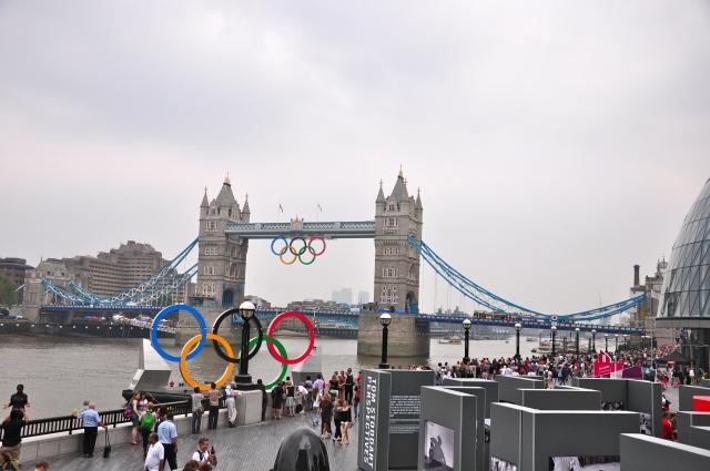 A cidade estava totalmente enfeitada para as Olimpíadas.