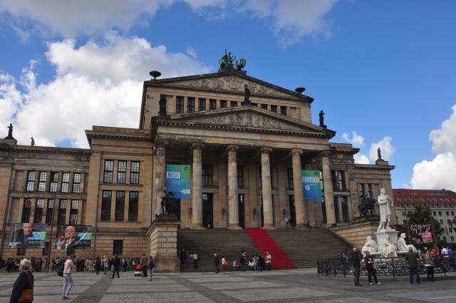 O prédio da Ópera de Berlim.