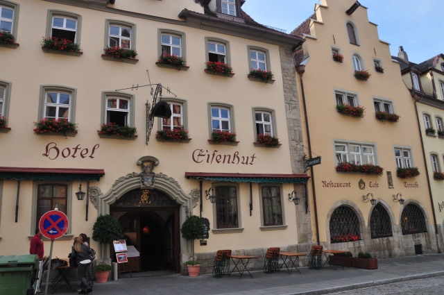 Uma das fachadas do Hotel Eisenhut