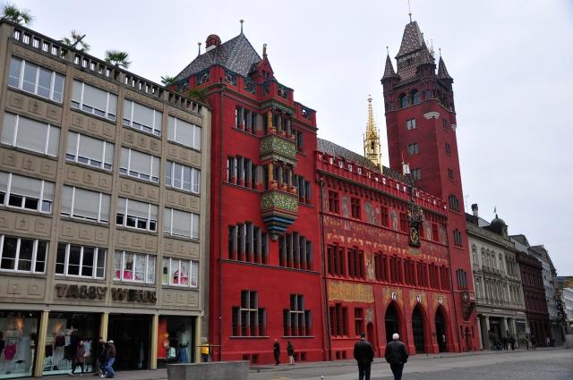 O belo prédio da prefeitura de Basel
