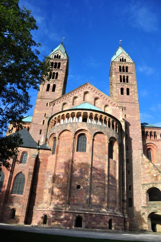 A imensa catedral de Speyer
