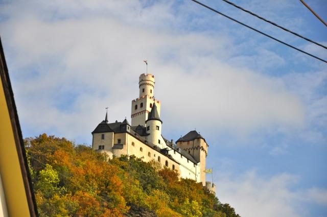 Chegando ao Castelo Marksburg