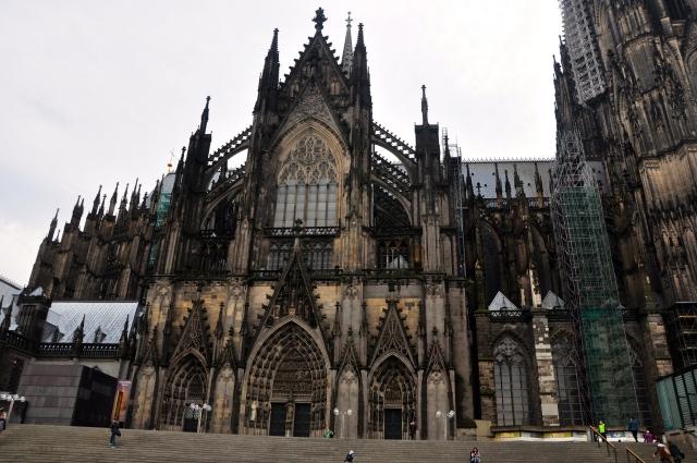 Fachada lateral da Catedral de Colônia