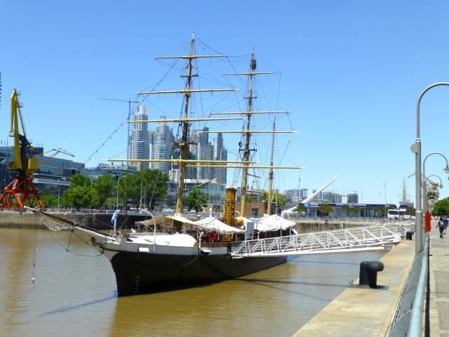 Detalhe do Porto Madero