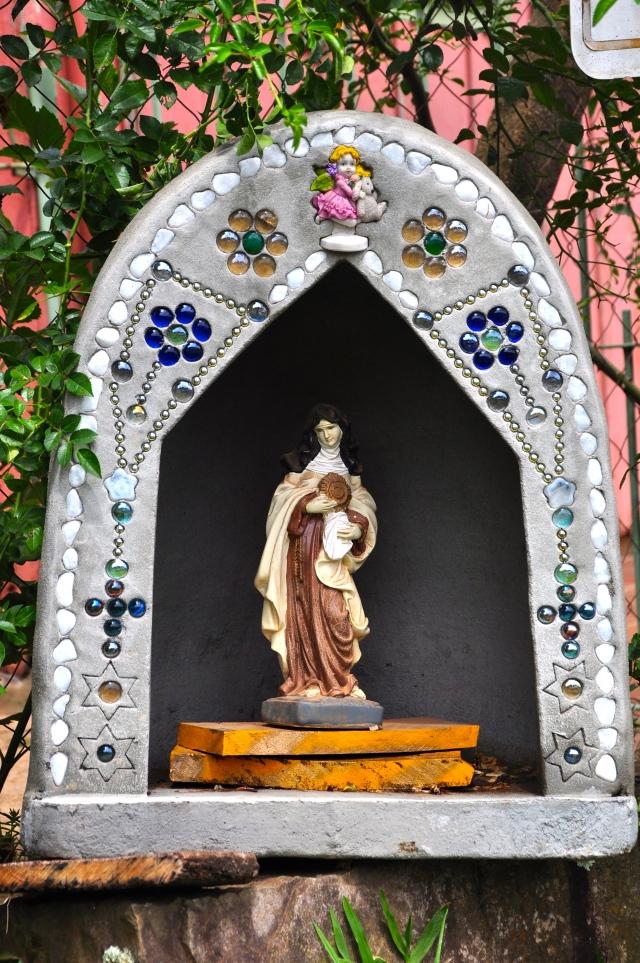 Oratórios decorados.