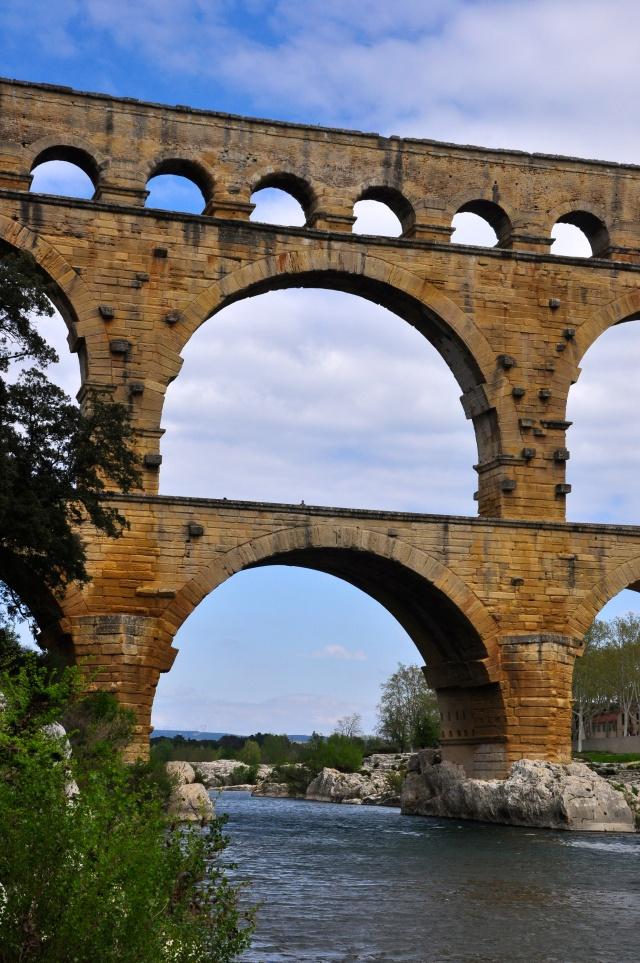 Os três níveis da Pont du Gard