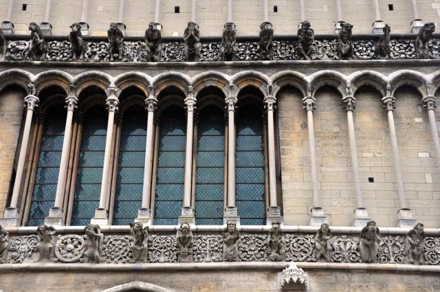 Detalhe da fachada da Catedral de Notre Dame de Dijon.