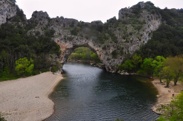 A Pont D'Arc no Rio Ardèche.