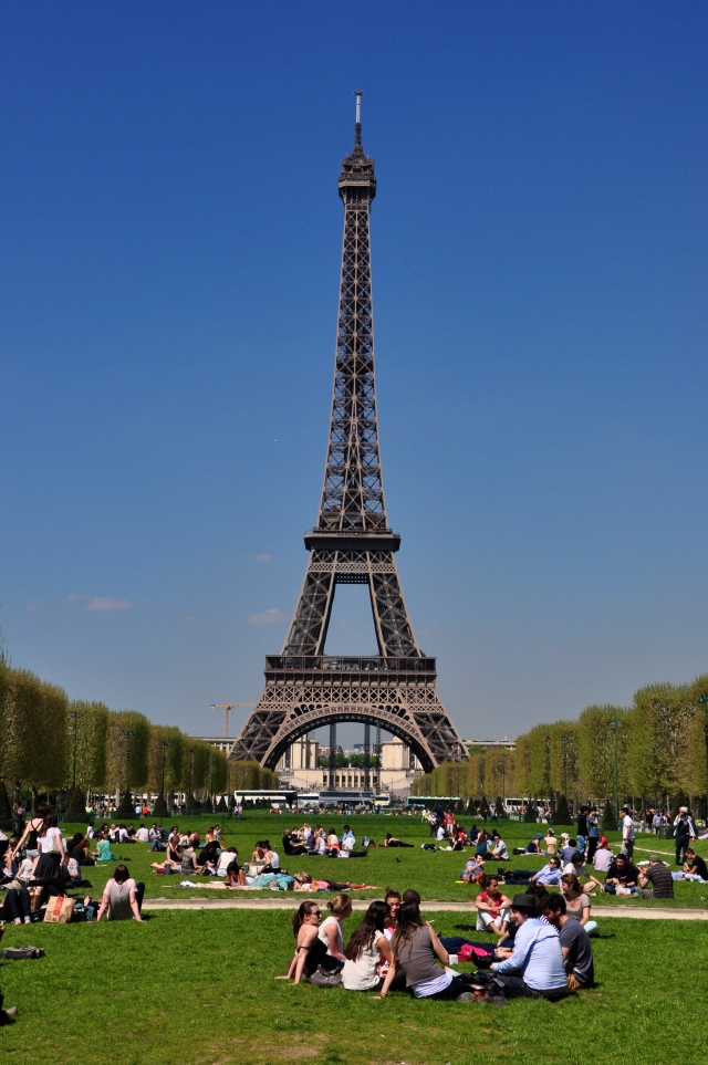 A Torre Eiffel - Símbolo maior de Paris.