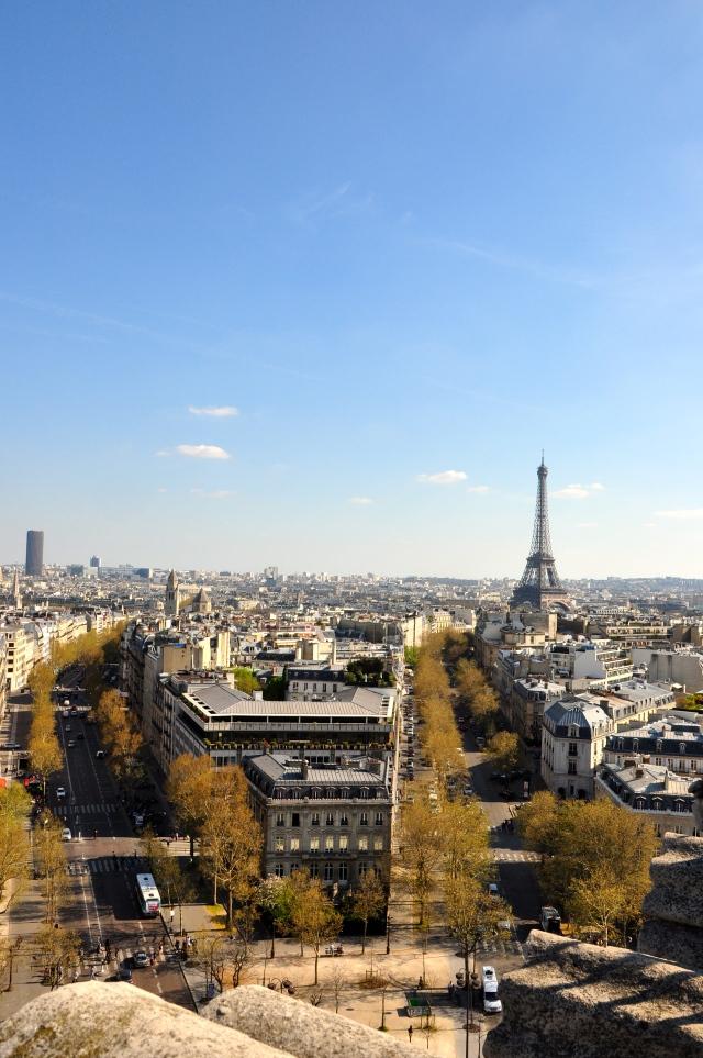 Paris vista do alto do Arco do Triunfo