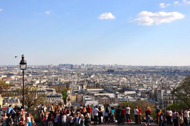 A vista de Paris a partir da colina de Montmartre.