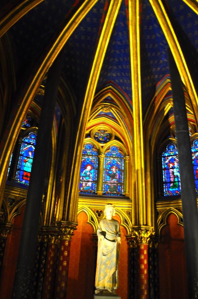 Detalhes do interior da Sainte Chapelle