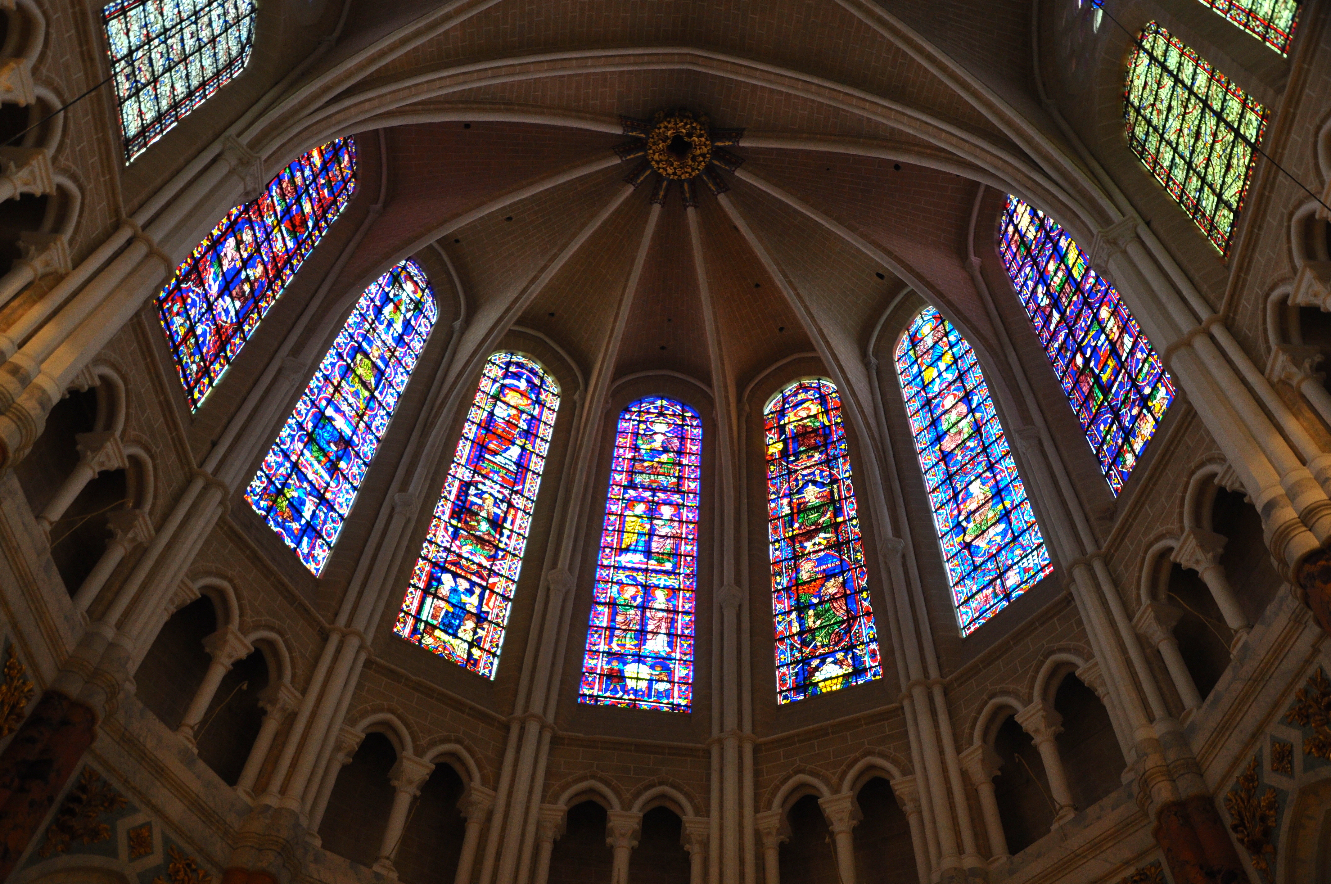 Chartres Cathedral Interior Chartres Architecture The