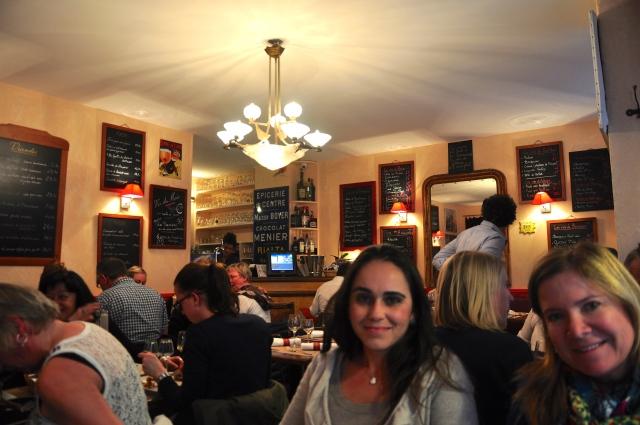 O charmoso, simples e bom restaurante Le Petit Pontoise