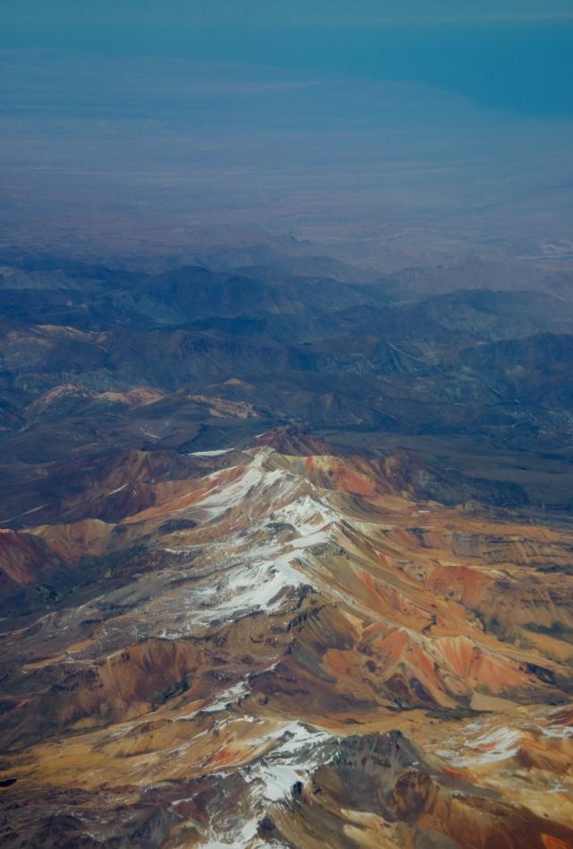Belas imagens dos altiplanos peruanos na travessia da Cordilheira dos Andes.