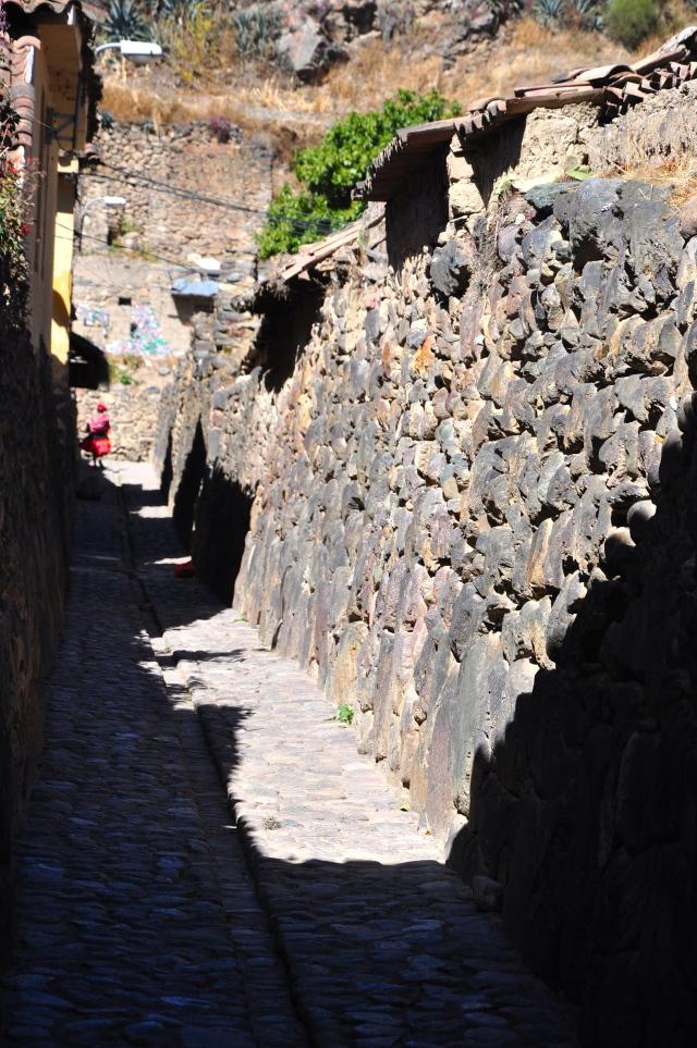As ruas estreitas de Ollantaytambo