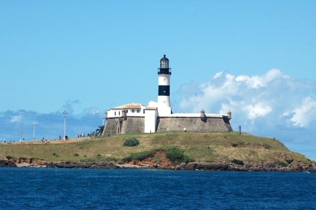 O Forte de Santo Antônio da Barra.