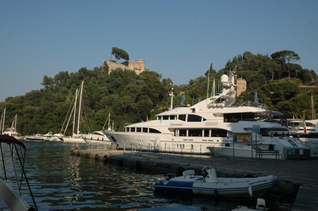 O Castelo Brown contempla Portofino