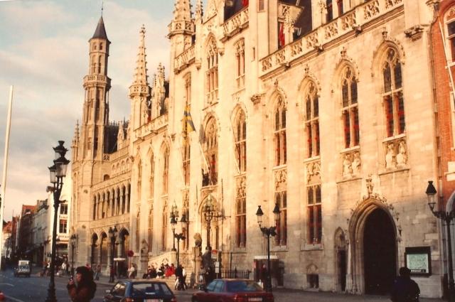 A arquitetura de Bruges é um tesouro.