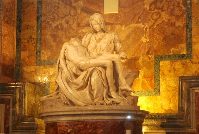 A Pietá de Michelangelo.