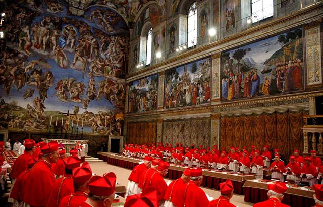 Reunião de cardeais na Capela Sistina