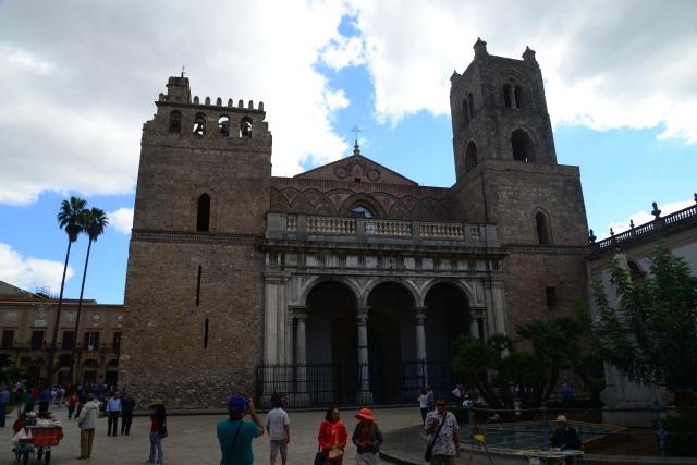 Detalhe da fachada do Duomo de Monreale.