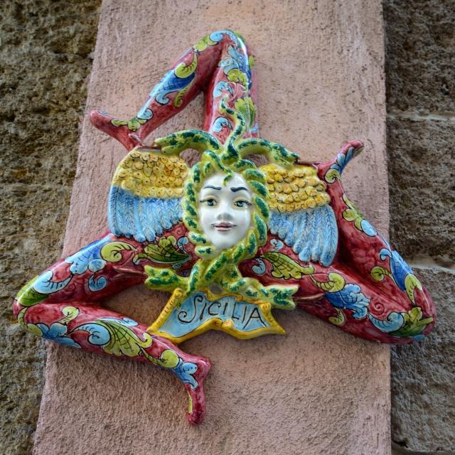 A Trinácria, o símbolo da Sicília.
