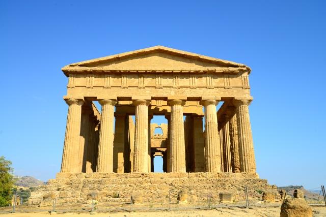 Os templos bem preservados da Magna Grécia.