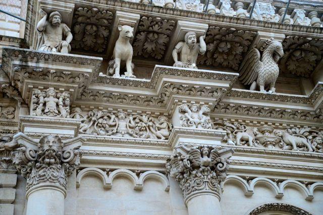 """O """"barroco de Lecce"""" está em muitos palácios da cidade."""