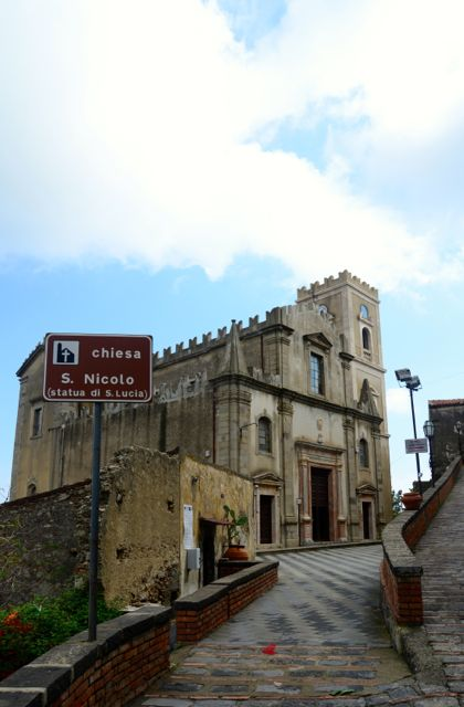 A Igreja de San Nicolò.