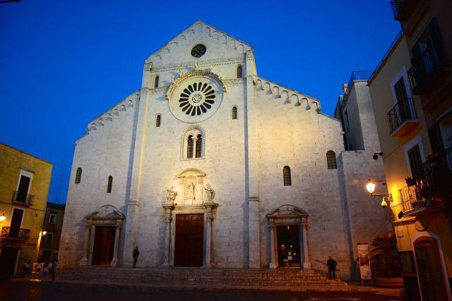 A Catedral medieval de Bari.