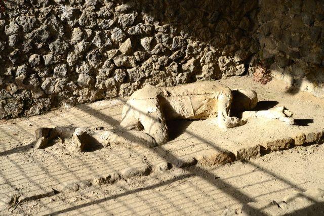 Corpo mumificado em Pompéia.