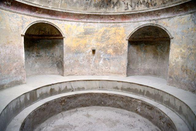 Detalhes da magnífica Termas de Pompéia