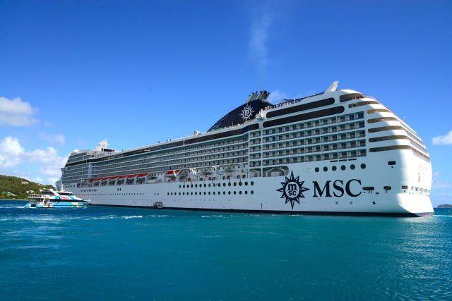 O navio ficou ancorado ao largo nas Ilhas Virgens Britânicas