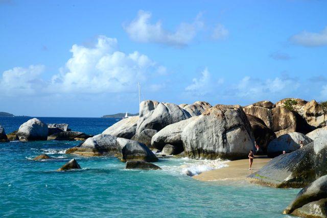 """The Devil's Bay, um bom """"batismo"""" no Caribe."""
