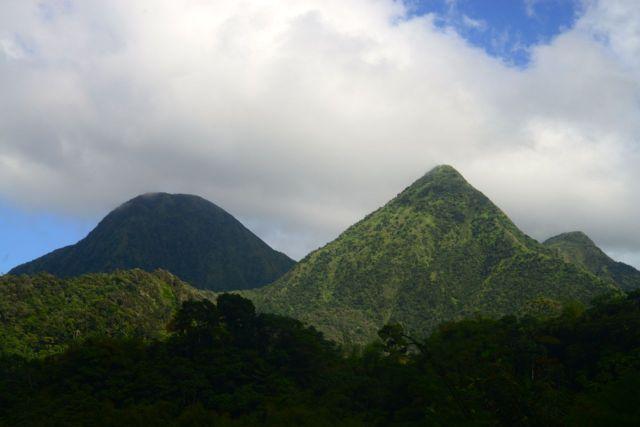O interior montanhoso da Ilha da Martinica.