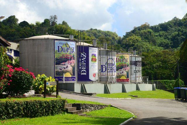Tonéis de Rum na Martinica.