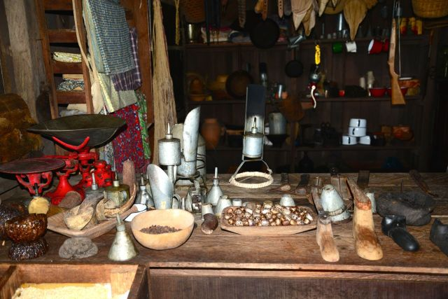 Simulação de uma venda no Museu da Seringueira.