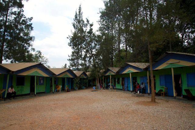 O fraco Mercado de Artesanatos de Kigali.