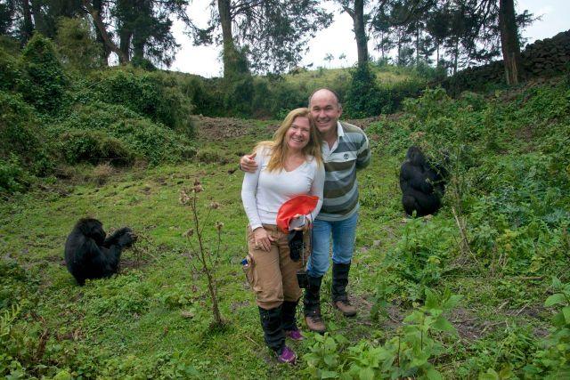 Convivendo com os gorilas.