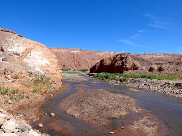 A trilha pelo vale do Rio San Pedro.