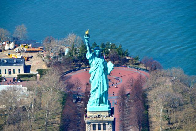Cara a cara com a Estátua da Liberdade.