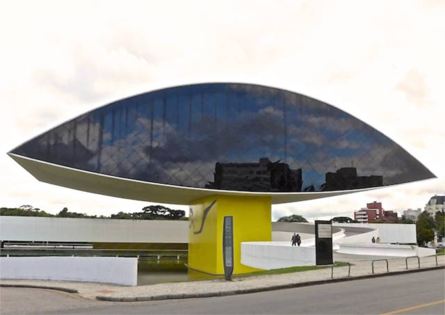 "O ""Museu do Olho"" de Oscar Niemeyer"